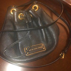 MARC JACOBS SMALL CROSSBODY SATCHEL BAG